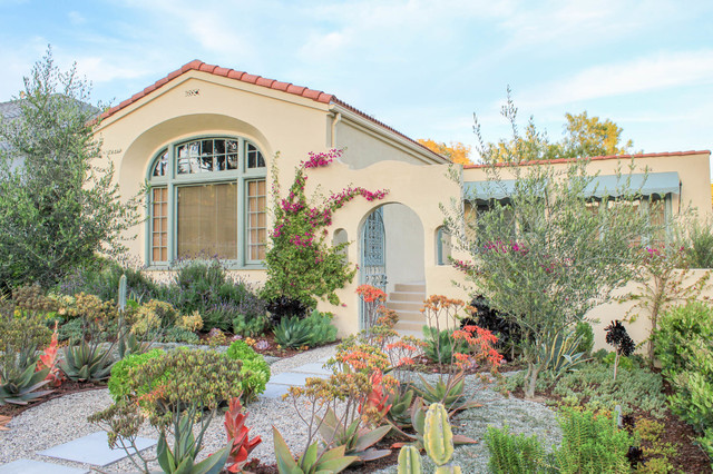 Spanish Style Meets California Friendly Southwestern Landscape