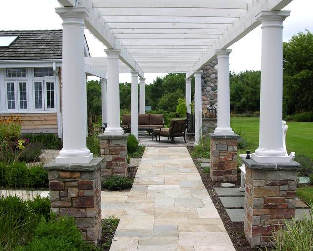 Specialty Features traditional-landscape