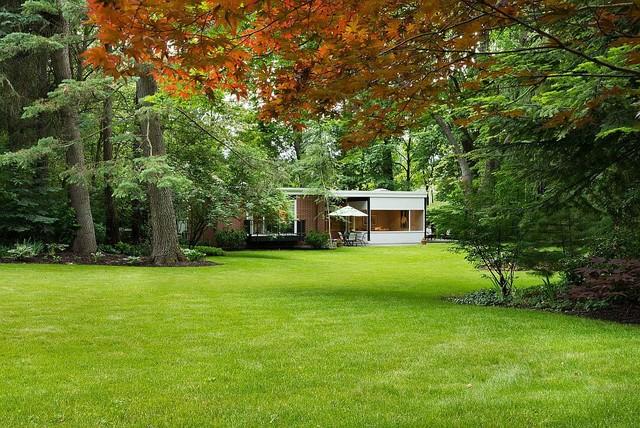 Spokane Midcentury - Mary Jean & Joel E. Ferris, II House midcentury-landscape