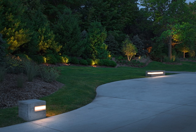 Spring 2012 installation contempory contemporary for How to install driveway lights