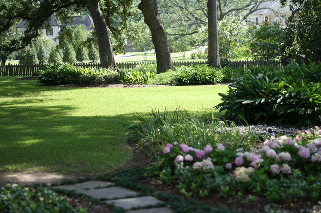 St. Andrew's Court Residence traditional-landscape
