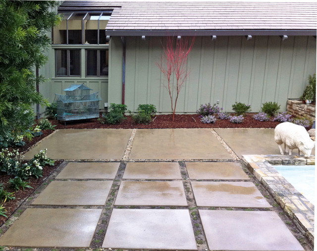 Stained concrete patio courtyard contemporary for Pro design landscape