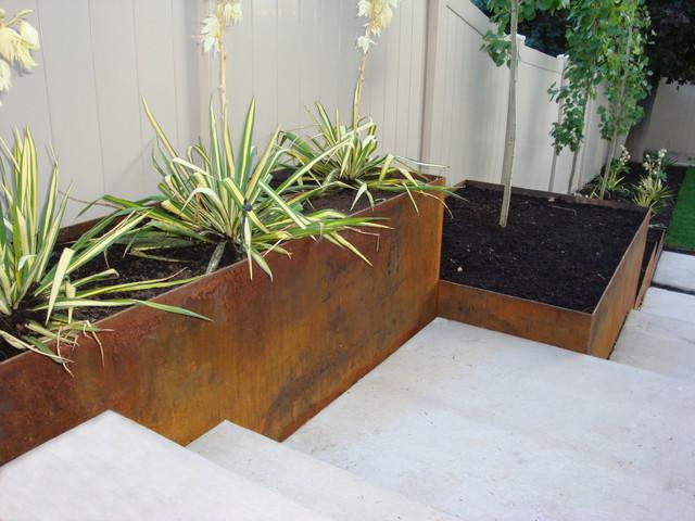 Steel Retaining Planter Sideyard Solution