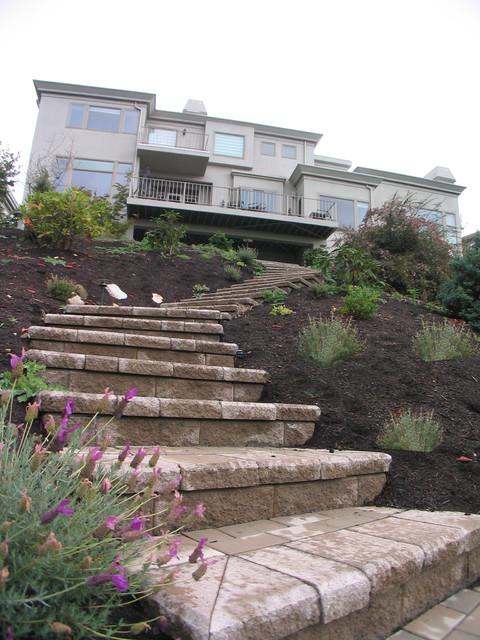 Landscaping Steep Hillside : Steep slope hillside landscape contemporary