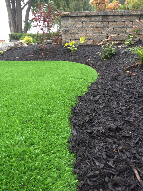 step by step photos of a backyard synthetic turf putting