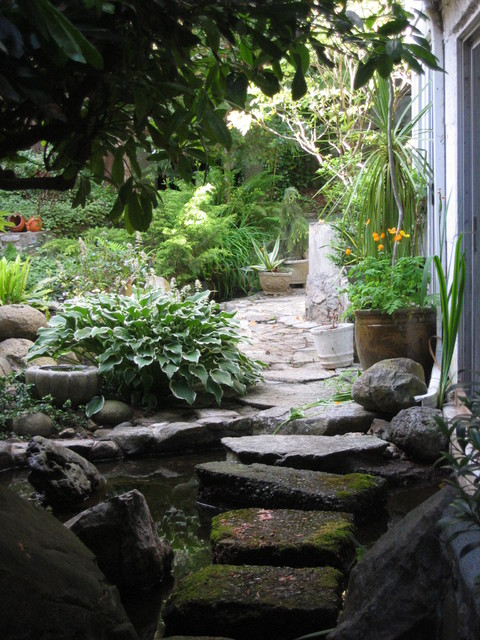 stepping stones eclectic-landscape