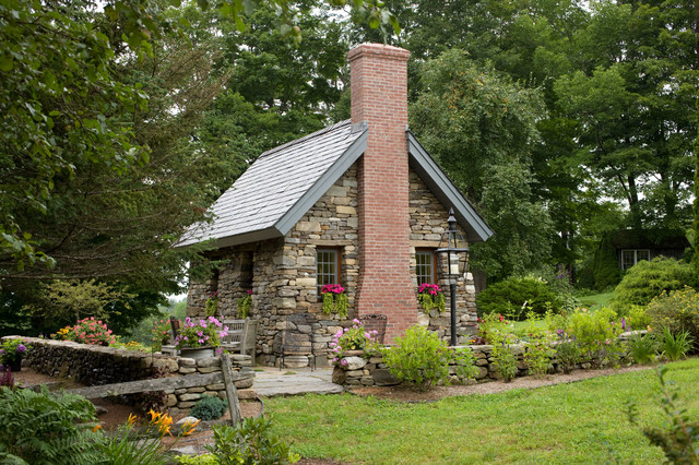 Stone thoreau cabin landscape boston by bensonwood for Small stone cabin