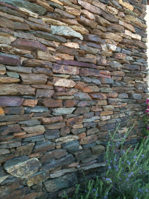 Types Of Natural Stone : Stone walls all types utilizing natural thin veneer
