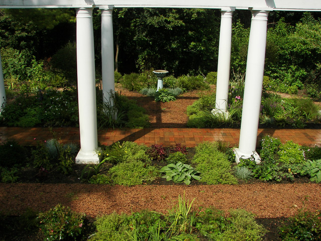 Structure in Landscaping traditional-landscape