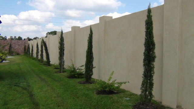 Stucco walls mediterranean landscape houston by for Exterior wall plaster design