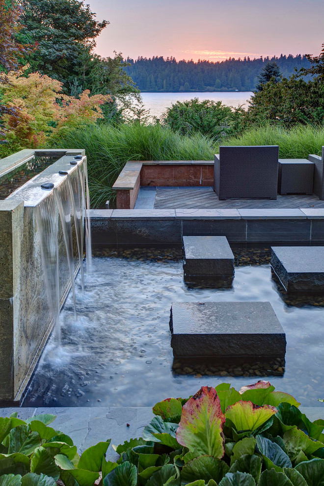 Design ideas for a contemporary water fountain landscape in Seattle.