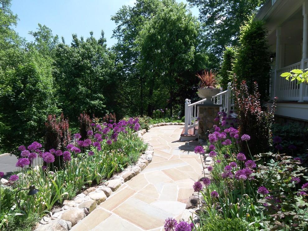 Suburban woodland garden - Traditional - Landscape - New ...