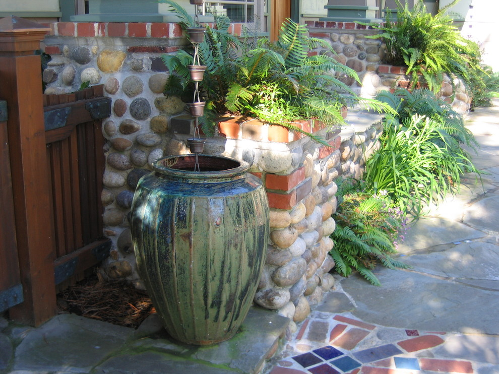 Advantages of Collecting & Uses for Rainwater