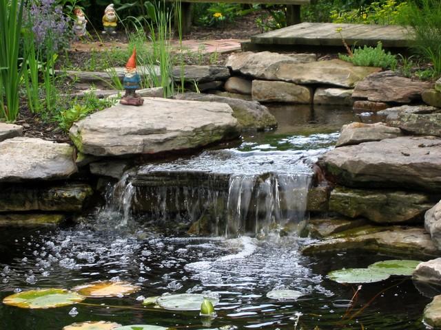 Sunny perennial garden eclectic landscape dc metro for Sunny landscape designs