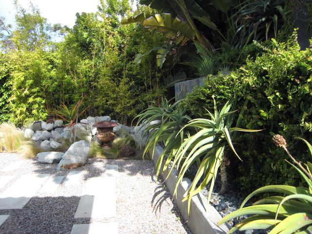 Sunset Park Residence modern-landscape