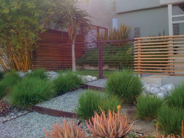Sunset residence modern landscape los angeles by for Garden design los angeles