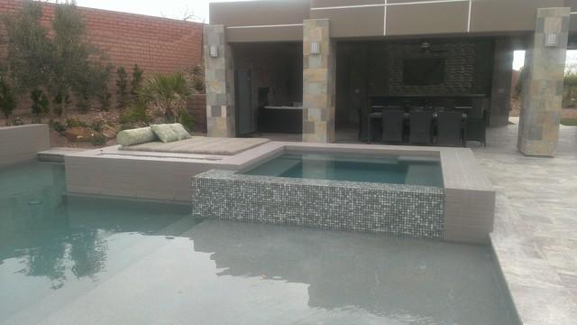 swimming pool & cabana contemporary-landscape