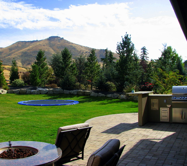 Terra nativa residence traditional landscape boise for Landscape design boise