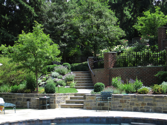 Terraced patios gardens chestnut hill for Garden design vs landscape architecture