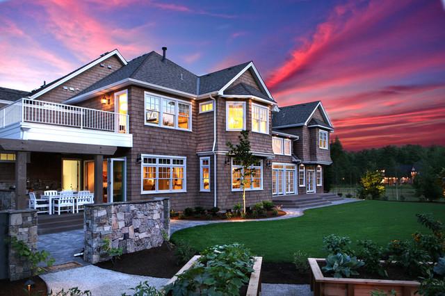 The Hampton Backyard traditional-landscape