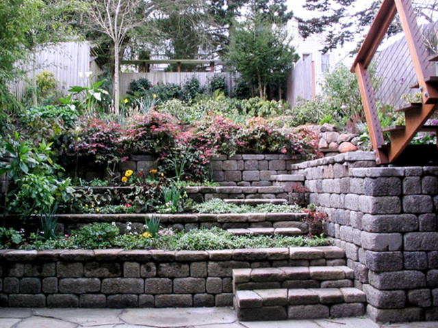 Tiered retaining wall contemporary landscape other for Tiered garden designs