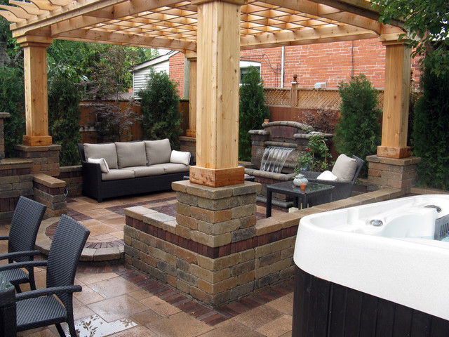 Toronto outdoor living space landscape