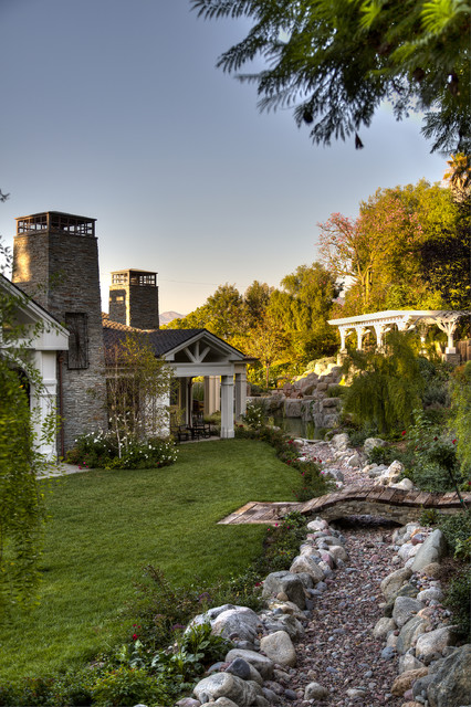 Traditional Cape Cod remodel traditional-landscape