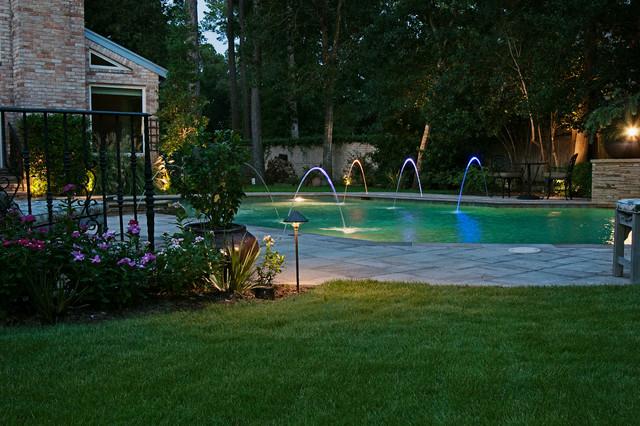 Traditional garden getaway traditional landscape for Garden getaway designs