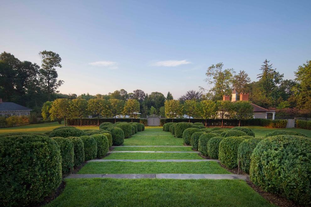 Design ideas for a huge traditional backyard formal garden in New York.