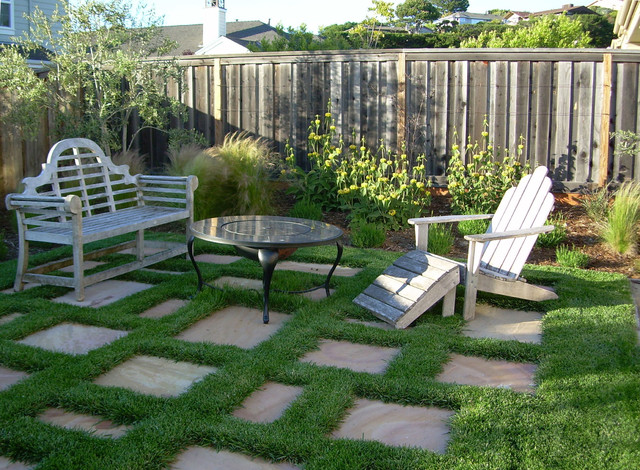 Shades of Green : Kid-friendly Backyard - San Rafael, CA : Portfolio traditional landscape