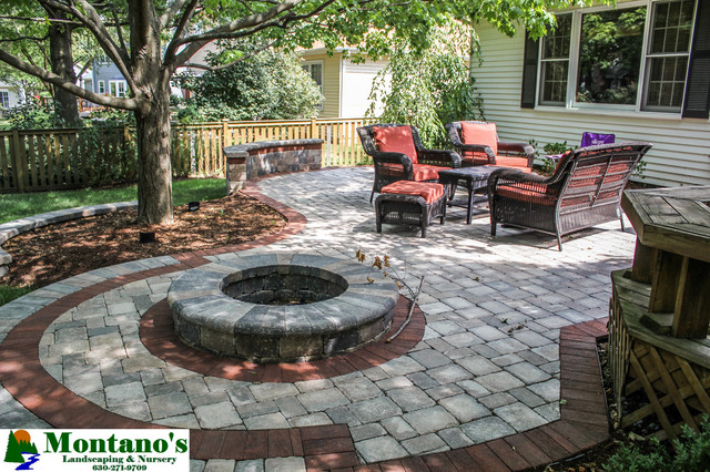 Hardscape traditional-fire-pits
