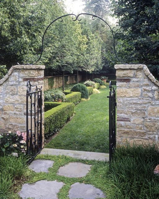 Atlanta Landscaping: Garden Gate