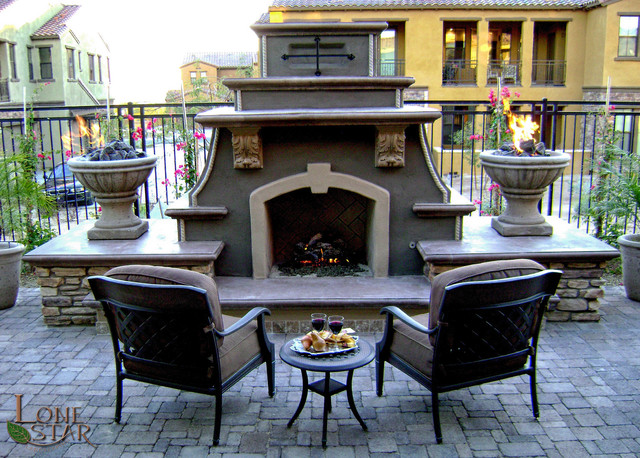 Traditional Outdoor Fireplace Traditional Landscape