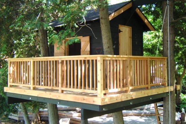Backyard Treehouse Without Tree : Treehouse  Thornbury, ON eclecticlandscape