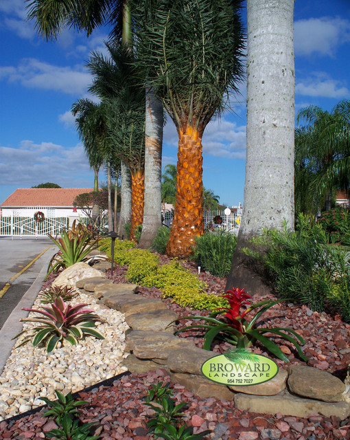 Tropical entrance tropical landscape miami by for Landscaping rocks broward county