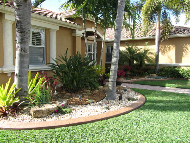 Tropical Front Yard Landscaping Ideas Part - 47: TROPICAL FLA Tropical-landscape