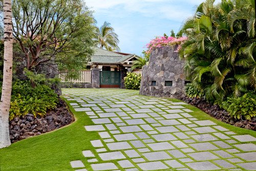 How To Landscape Your Driveway Like A Pro