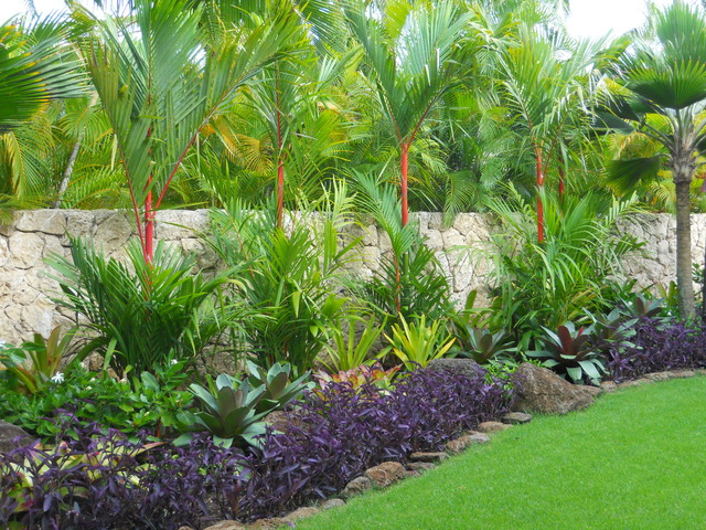 simple front yard landscaping ideas pictures big pots - Tropical Landscape
