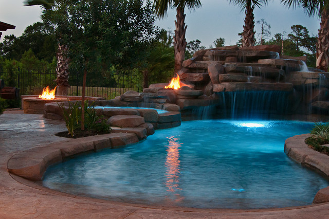 Tropical Oasis - Tropical - Landscape - Houston - by Stewart Land Designs