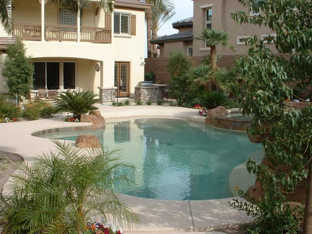 Vegas Lush tropical-landscape