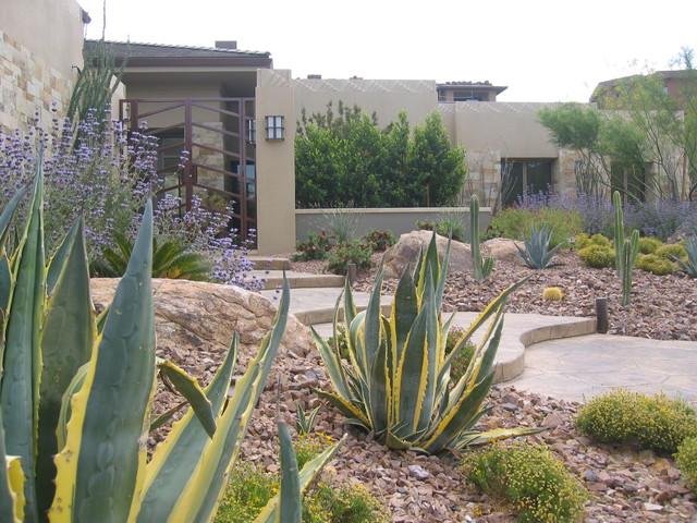 Vegas Residence modern-landscape