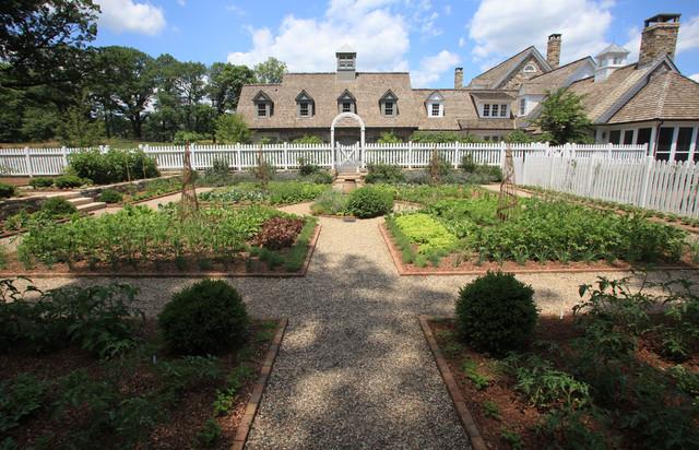 Vegetable Garden traditional-landscape