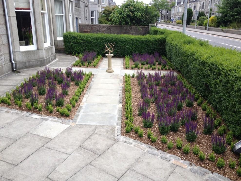 Victorian End Terrace Front Garden - Victorian - Landscape ...