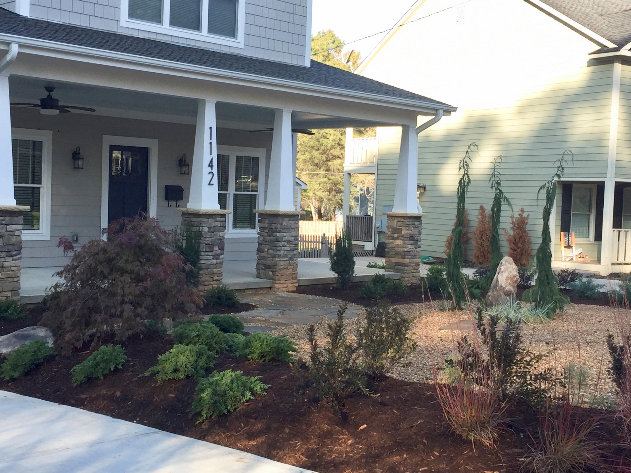 Villa Heights Craftsman Garden
