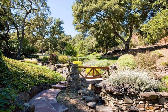 Virtual Imaging Real Estate Photography traditional-landscape