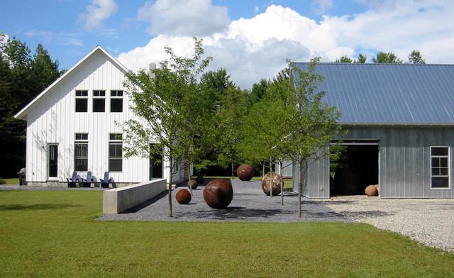 Wagner Residence - Farmhouse - Landscape - Burlington - by Wagner Hodgson