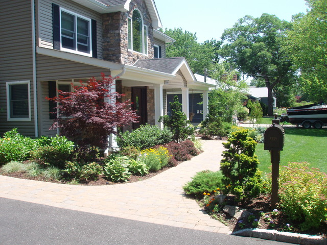 Wantagh landscaping long island ny traditional for Landscape design new york