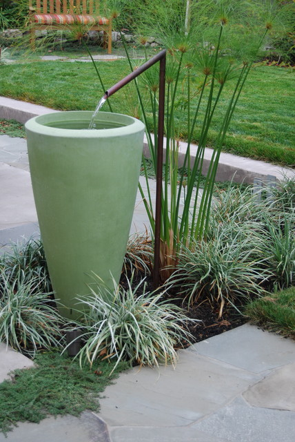 water feature contemporary landscape