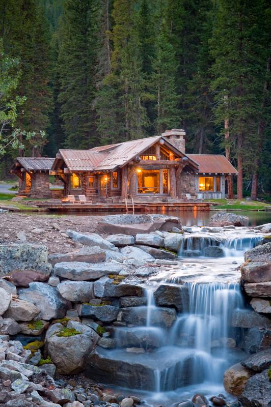 Design ideas for a rustic landscaping in Denver.