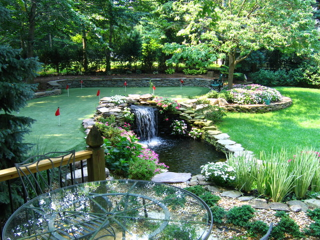 Waterfall Pond with Putting Green Contemporary